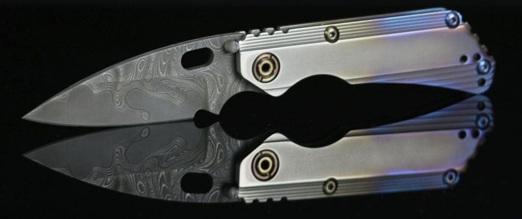 Strider Knives: Custom von Duane Dwyer