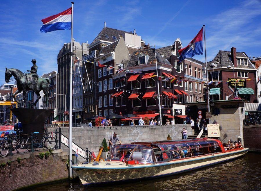 Waffengesetz in den Niederlanden, häufige Kontrollen in Amsterdam