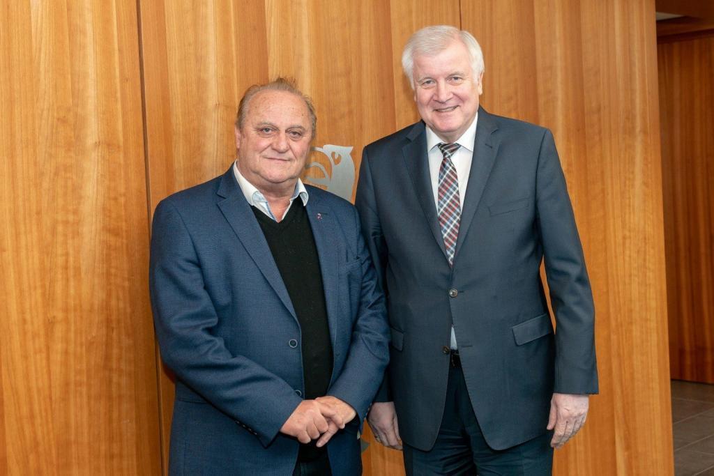 Beschluss der 210. Innenministerkonferenz: Inneminister Seehofer mit Klaus Bouillon