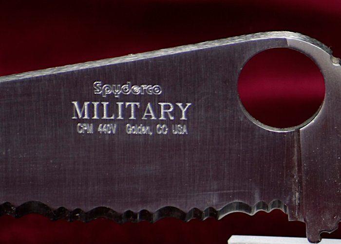 Spyderco Military Klinge Gravur 1998