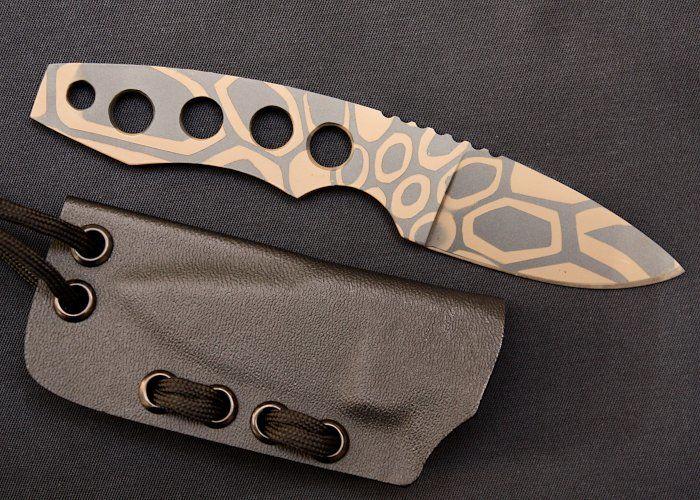 Vergleichstest 12 Neck Knives - Krypteia Sigrun