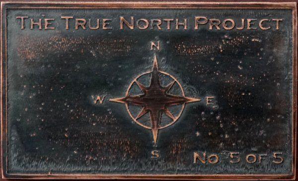 True North Project - Kupferschild von Ronald Luttikhuizen
